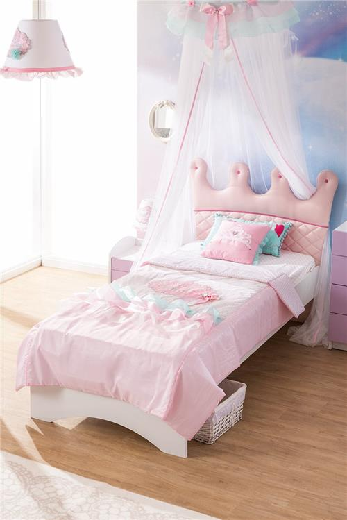 ballerinal kinderbett kleiderschrank schreibtisch bett. Black Bedroom Furniture Sets. Home Design Ideas
