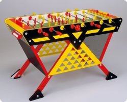 G-3000 Tischkicker - robuster Kickertisch mit originellem Design