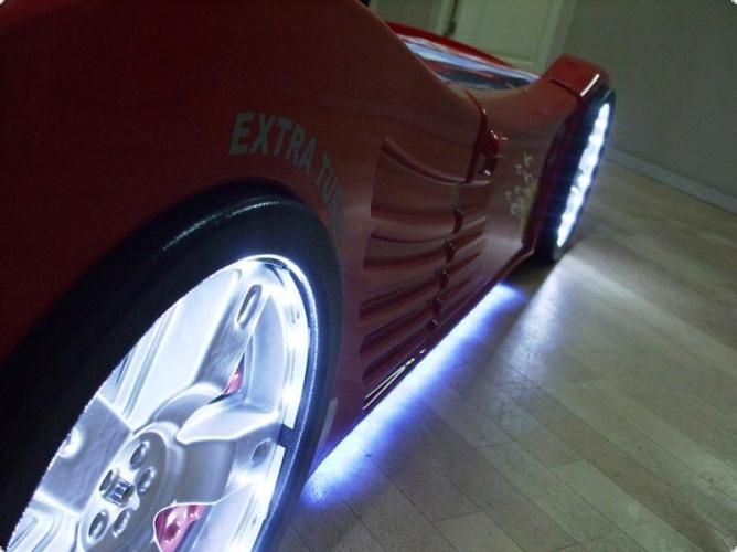 autobett tv kinderbett auto mit led beleuchtung ebay. Black Bedroom Furniture Sets. Home Design Ideas